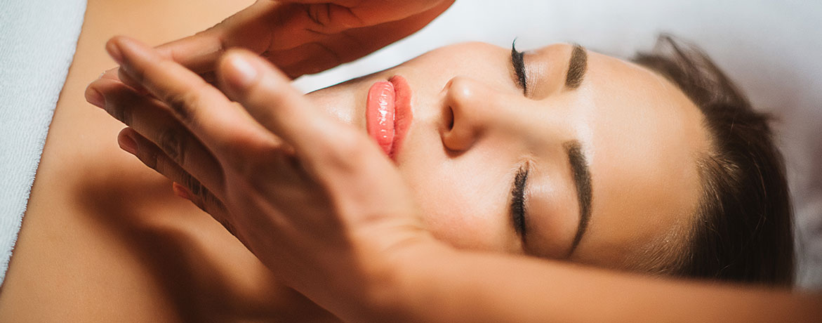 Омолаживающий массаж лица 30 минут