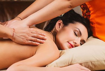 Аюрведический массаж в 4 руки 1 час 30 минут